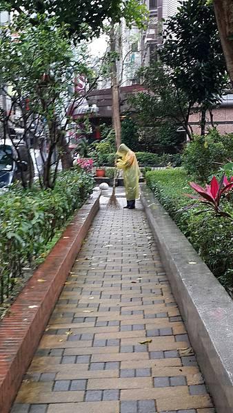 20170319四平公園社區服務_170320_0026.jpg