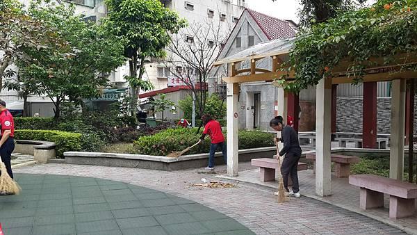 20170416四平公園社區服務_170416_0026.jpg