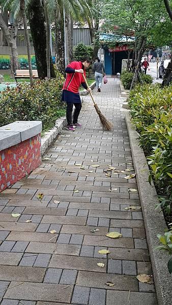 20170423四平公園社區服務_170423_0063.jpg