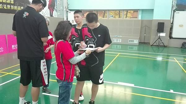 20170430 北市社區籃球聯誼賽_170501_0003.jpg