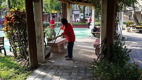 20170514四平公園社區服務_170514_0072.jpg