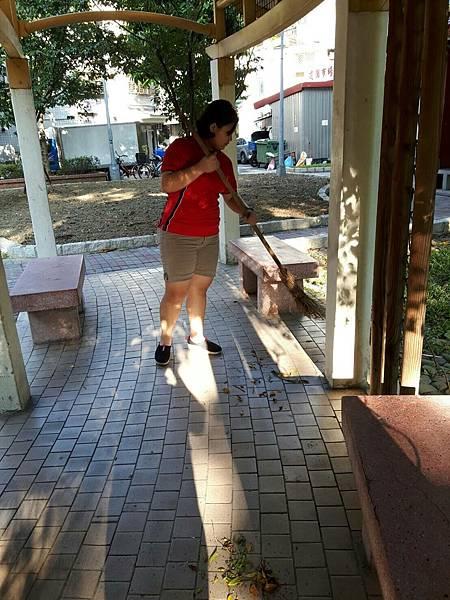 20171001四平公園社區服務_171001_0009.jpg