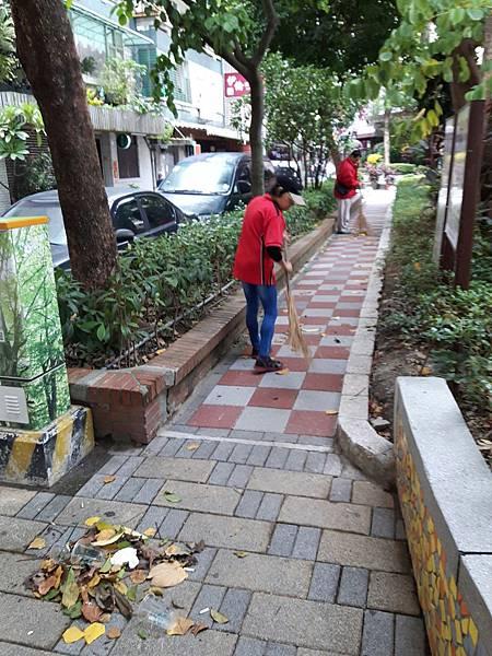 20171105四平公園社區服務_171107_0014.jpg