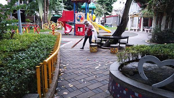 20171119四平公園社區服務_171203_0003.jpg