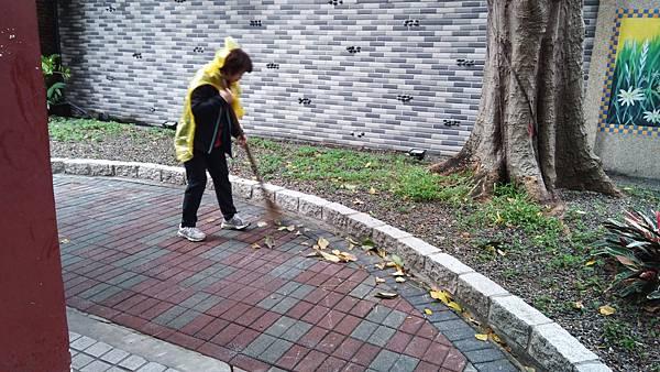 20171119四平公園社區服務_171203_0008.jpg