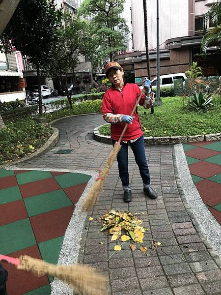 20171119四平公園社區服務_171203_0020.jpg