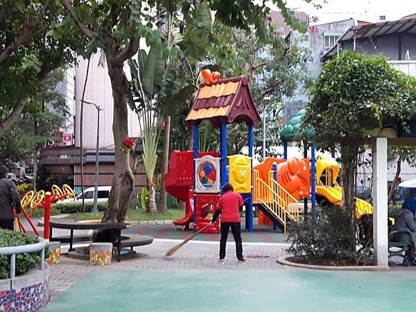 20171217四平公園社區服務_171231_0012.jpg
