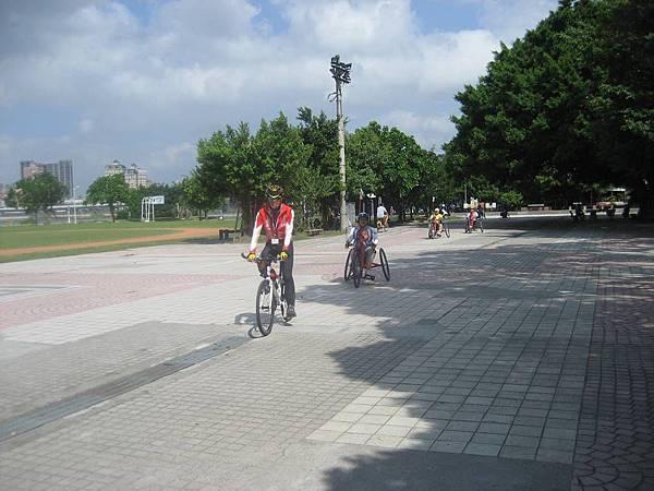 1031019無障礙自行車 016