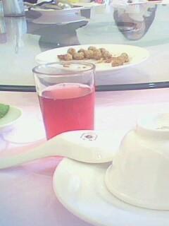2009.01.27初二家庭聚會之開場蔓越莓果汁.jpg
