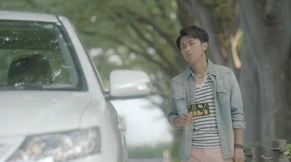 2012 CM Morinaga bake creamy clip (1)