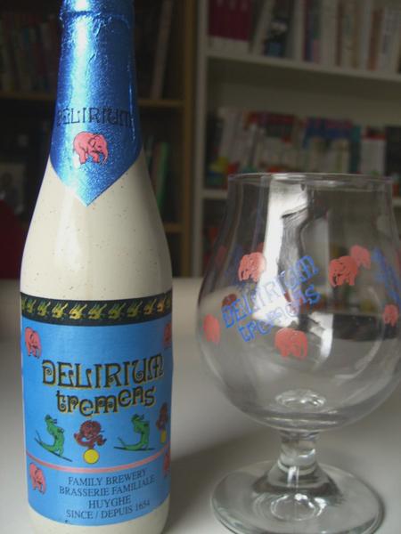 大象啤酒與啤酒杯