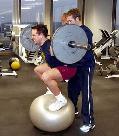 健身房的搞笑行為-10.jpg