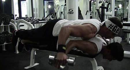 健身房的搞笑行為-11.jpg