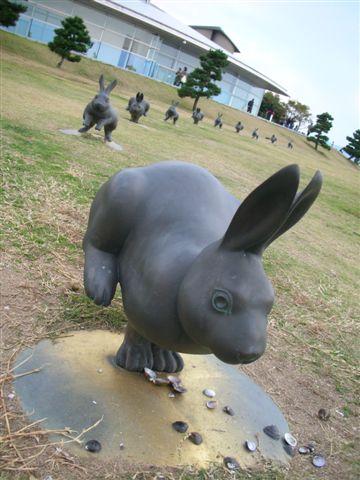 這是第三隻及後面的兔子們