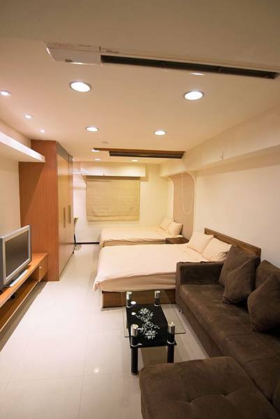 509-room.jpg