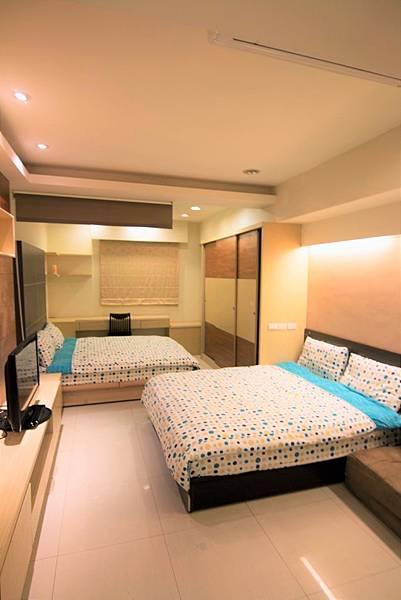 608-room.jpg