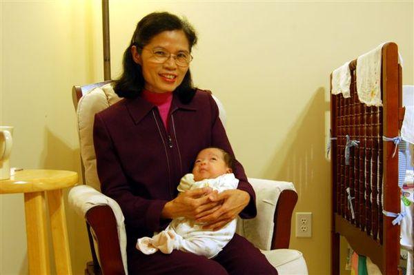 2007.12.24_grandma01.JPG