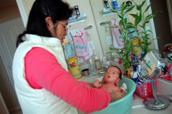 2007.11.27_shower03.JPG