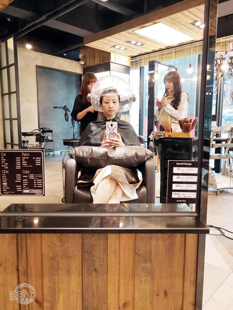 32 AJ Hair (15)_MFW.jpg