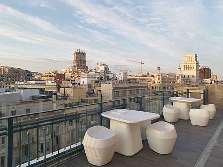 002 Exe Plaza Catalunya Barcelona (18).jpg