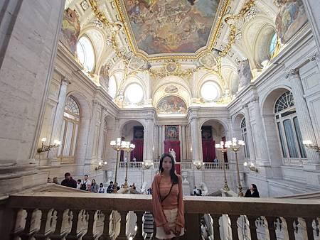 022 馬德里皇宮 (157).jpg