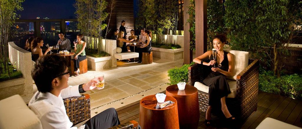 38-lounge---outdoor.jpg