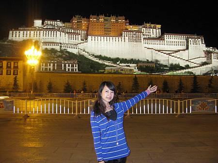 布達拉宮夜景32.JPG