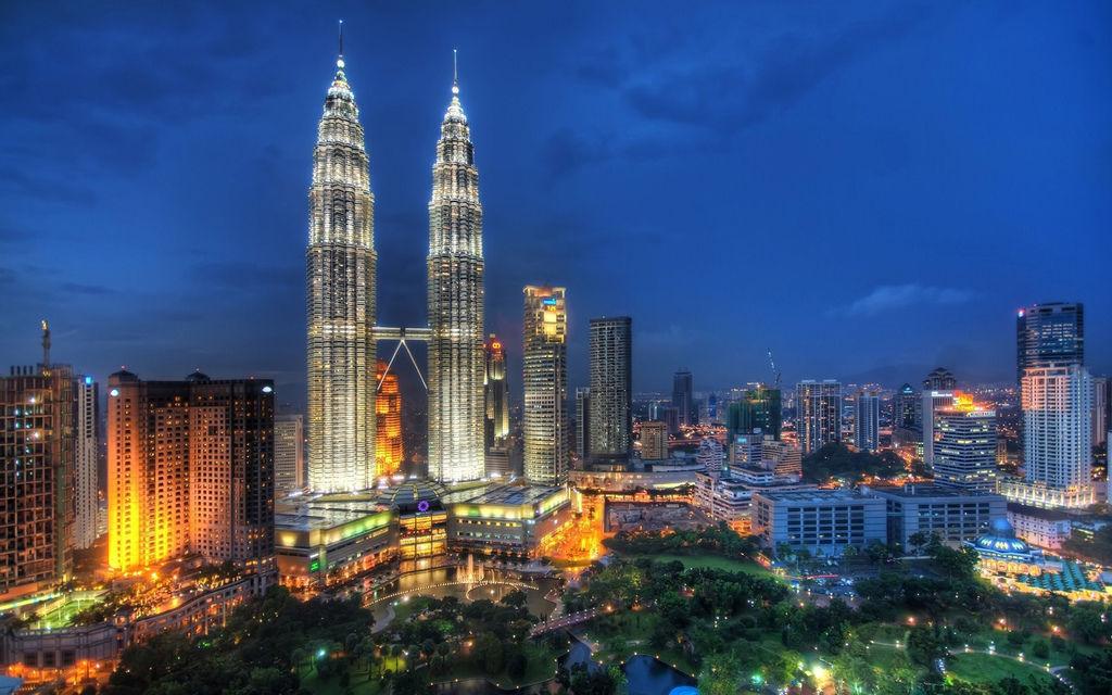 馬來西亞雙峰塔