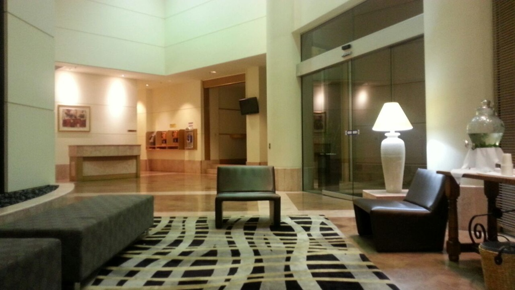 bella-CROWNE PLAZA03
