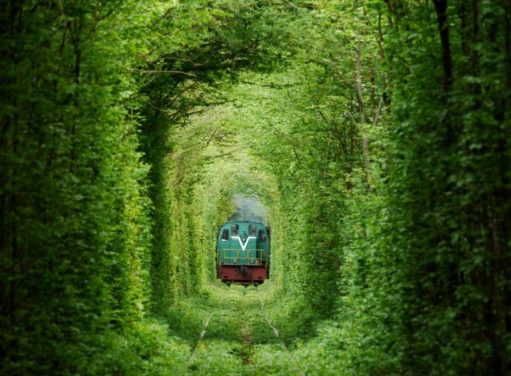 Romanian Tunnel Of Love02