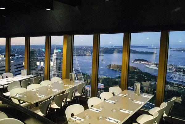 律律-雪梨塔旋轉餐廳01