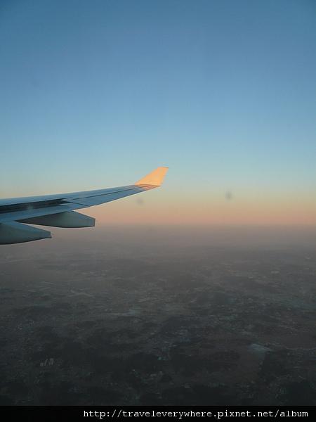 飛到的時候都快黃昏了