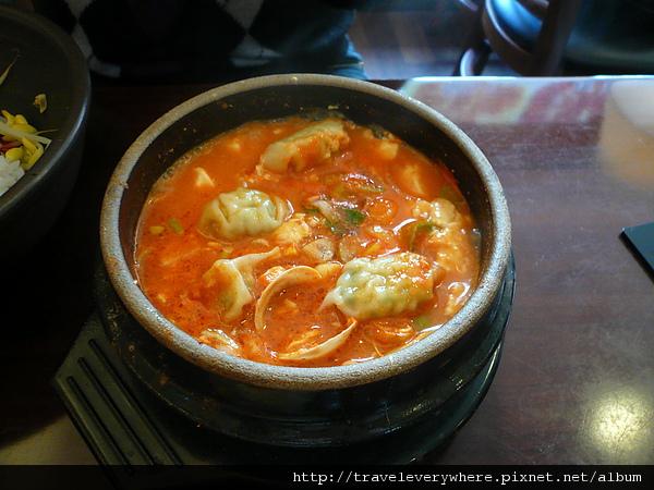 餃子豆腐鍋