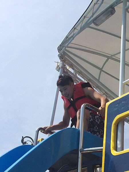 海上溜滑梯