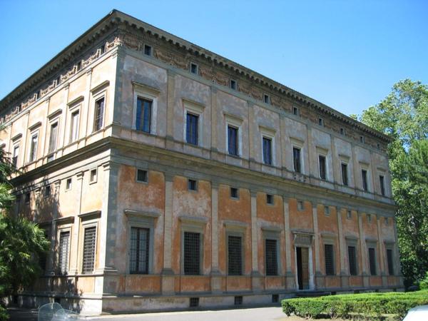 villa farnesina -wiki.jpg