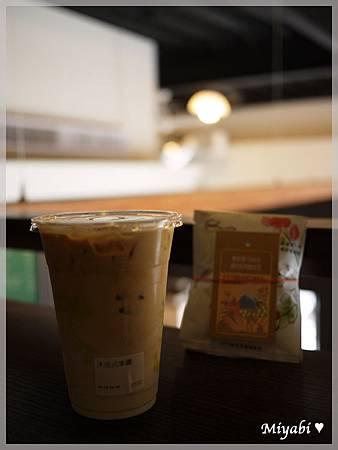 橋恩咖啡23
