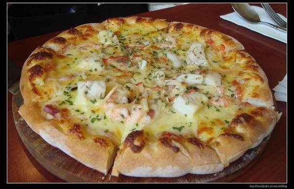客林海鮮pizza.jpg