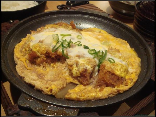 勝博殿-漢堡肉&里肌.jpg