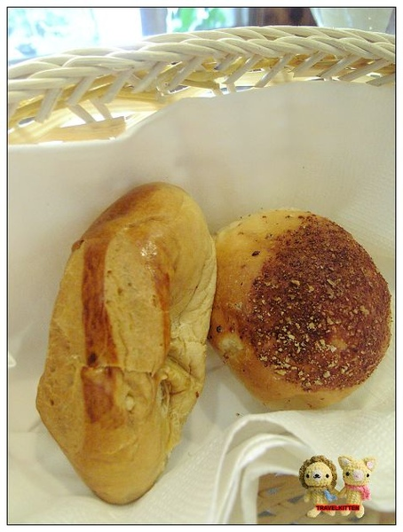 酒侍餐前麵包.jpg
