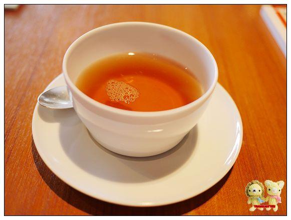 Eslite tea room-伯爵茶.jpg