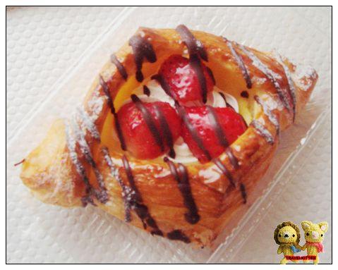DONQ-草莓丹麥.jpg