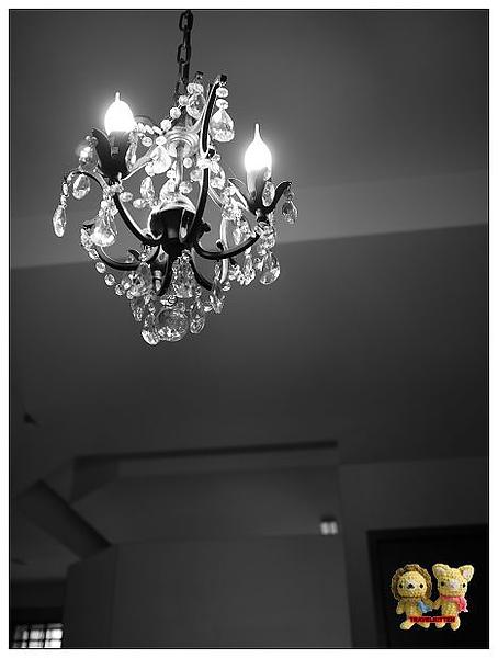 吊燈光暈.jpg
