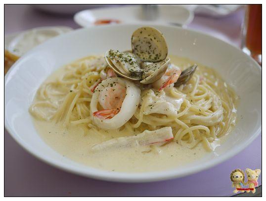 ciao 義式餐館-奶油海鮮麵.jpg