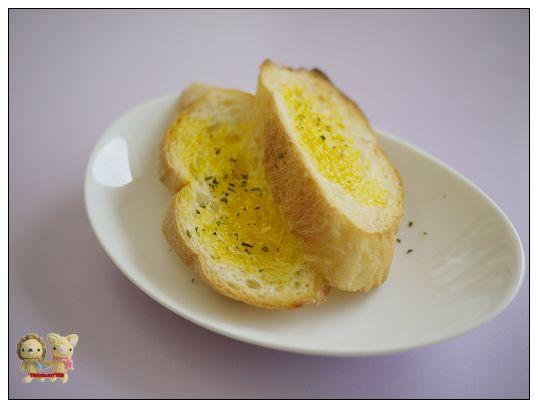 ciao 義式餐館-香蒜麵包.jpg