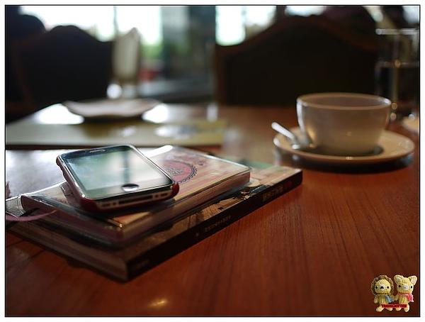 Eslite tea room-ㄍㄟ西很多.jpg