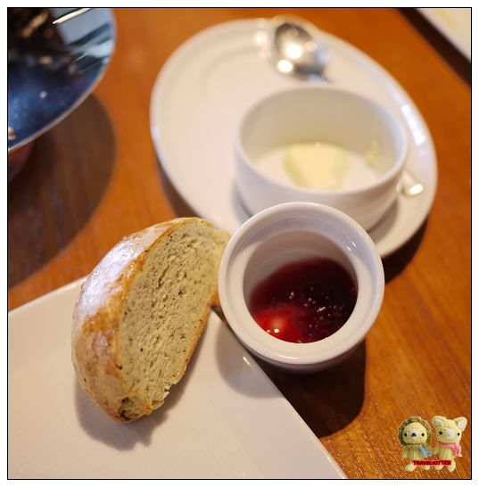 Eslite tea room-下午茶雙人組合scone.jpg