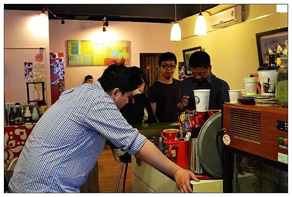 印尼分享會_05.jpg
