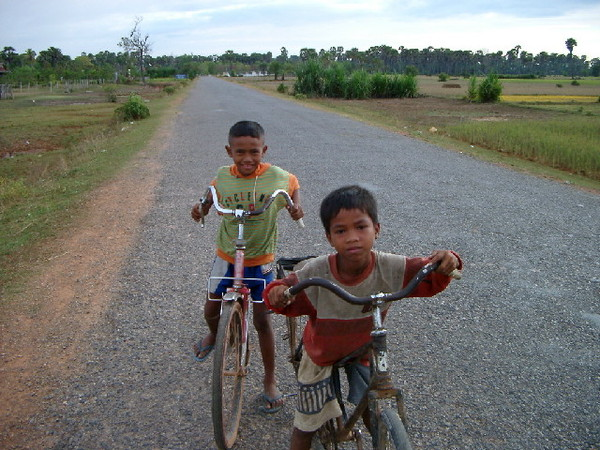 Biking kids