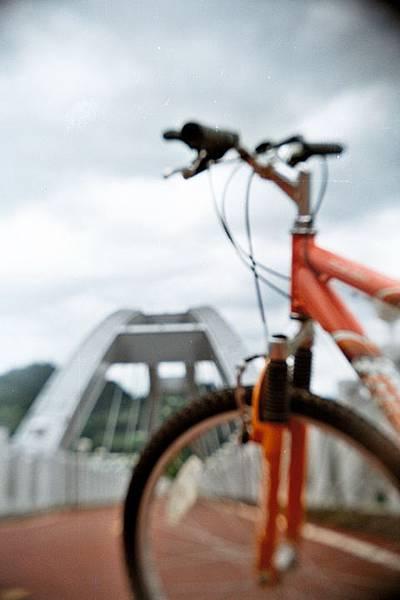 試拍 - 東豐鐵橋上的鐵馬