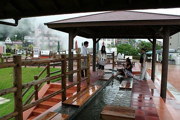 小濱溫泉足湯,共有105公尺長。